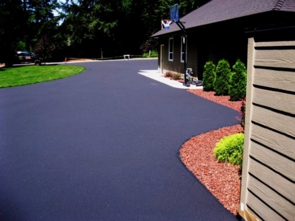 Asphalt driveway sealing Royal Palm Beach Florida
