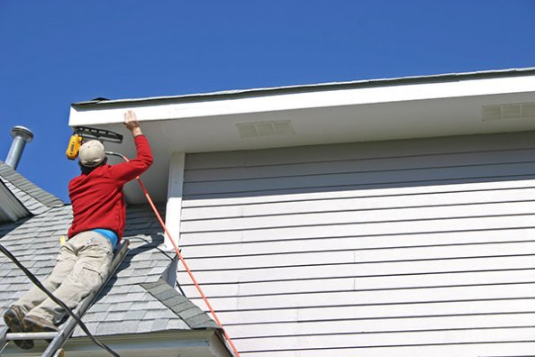 Soffit repair and replacement Dodge Island Florida